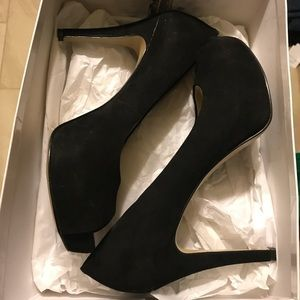 Nine West Black Peep Toe High Heels Size 9.5